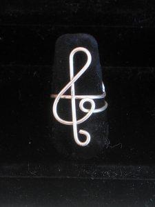 anello-chiave-di-violino