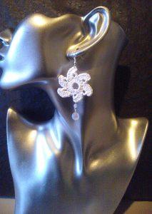 orecchini-fiore-uncinetto
