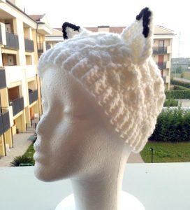 cappello con orecchie da volpe
